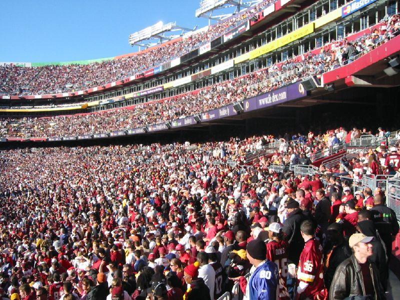 FedExField_Redskins_fans